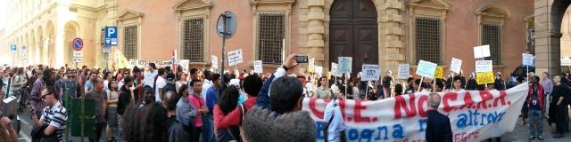 18 maggio 2014: manifestazione contro CIE e Bossi-Fini davanti alla Prefettura